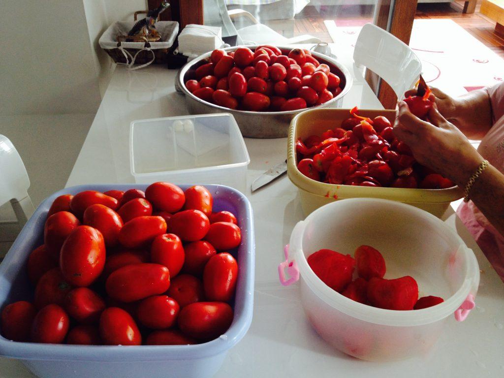 domates konservesi nasıl yapılır