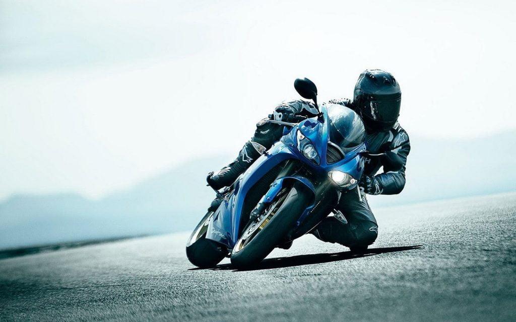 Motorsiklet sürücüleri için güvenli sürüş teknikleri