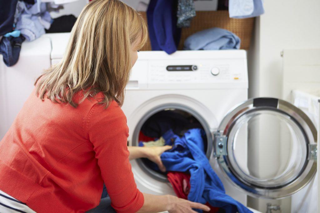 Çamaşır Makinesinde Tasarruf Etmenin Yolları